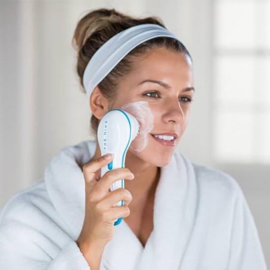 Водоустойчива четка за почистване на лице
